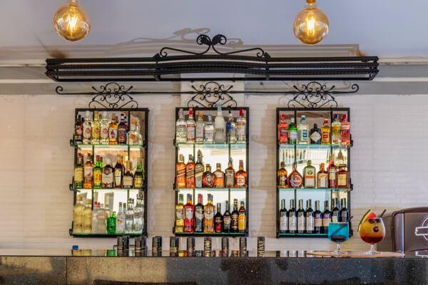 artwork-about-liquors